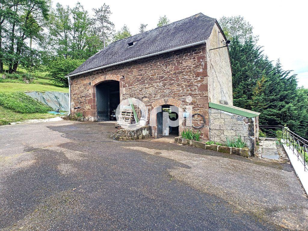 Maison à vendre 12 322m2 à Saint-Pantaléon-de-Larche vignette-18