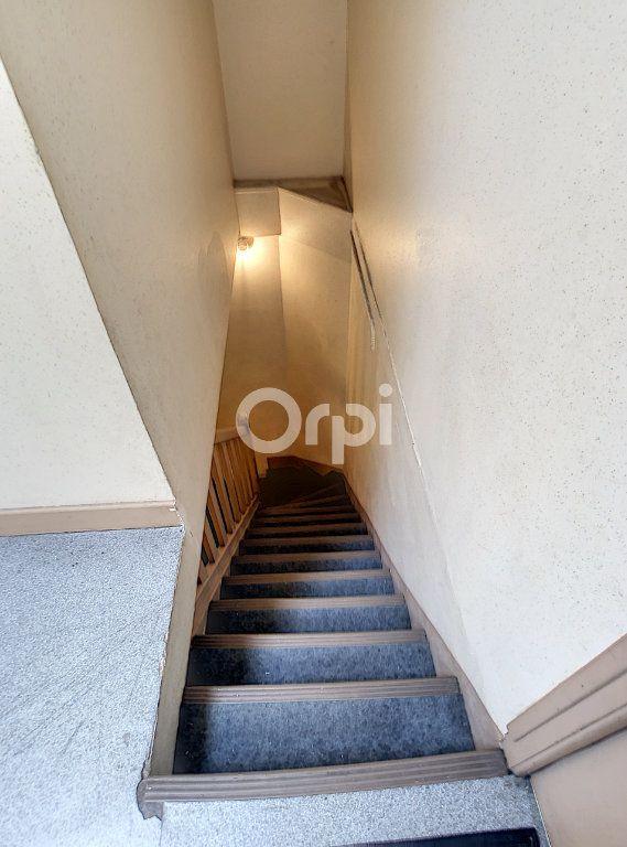 Appartement à louer 1 21m2 à Brive-la-Gaillarde vignette-7