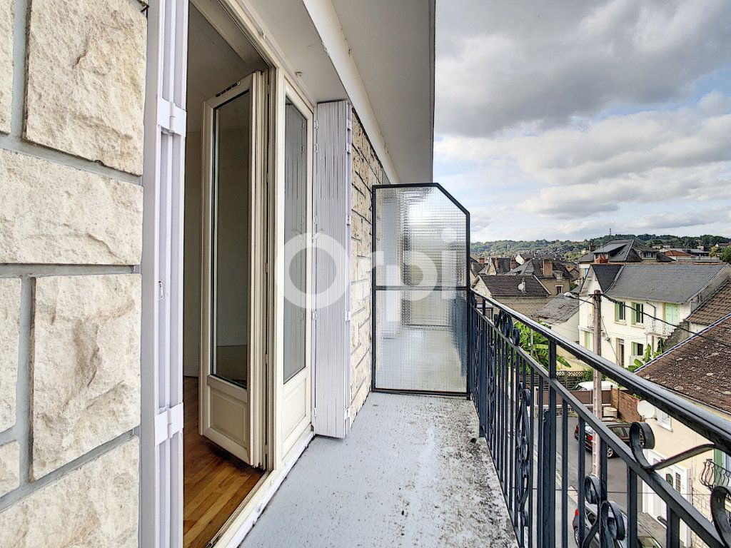 Appartement à louer 2 51m2 à Brive-la-Gaillarde vignette-4