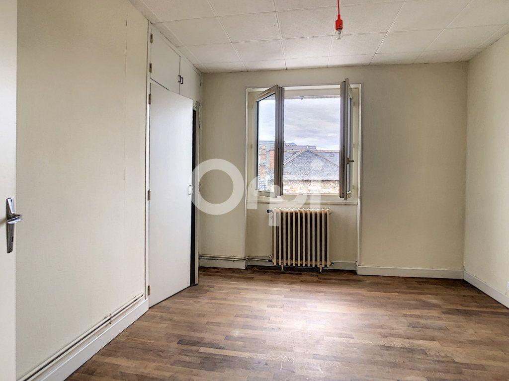 Appartement à louer 2 51m2 à Brive-la-Gaillarde vignette-6