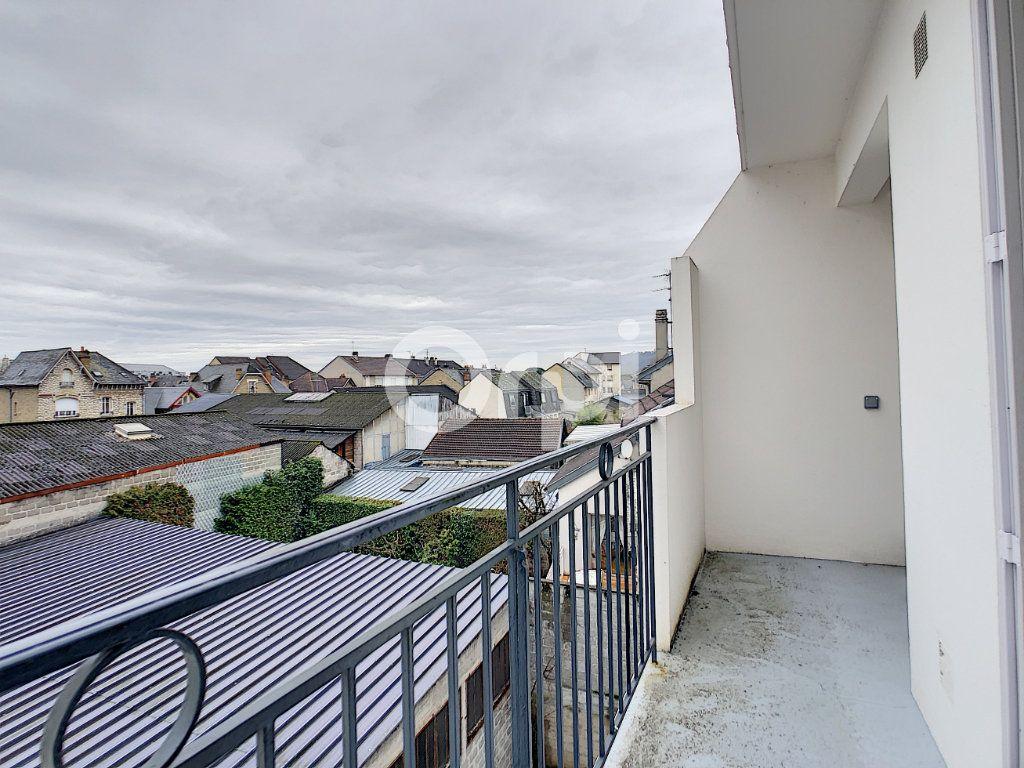 Appartement à louer 2 51m2 à Brive-la-Gaillarde vignette-8