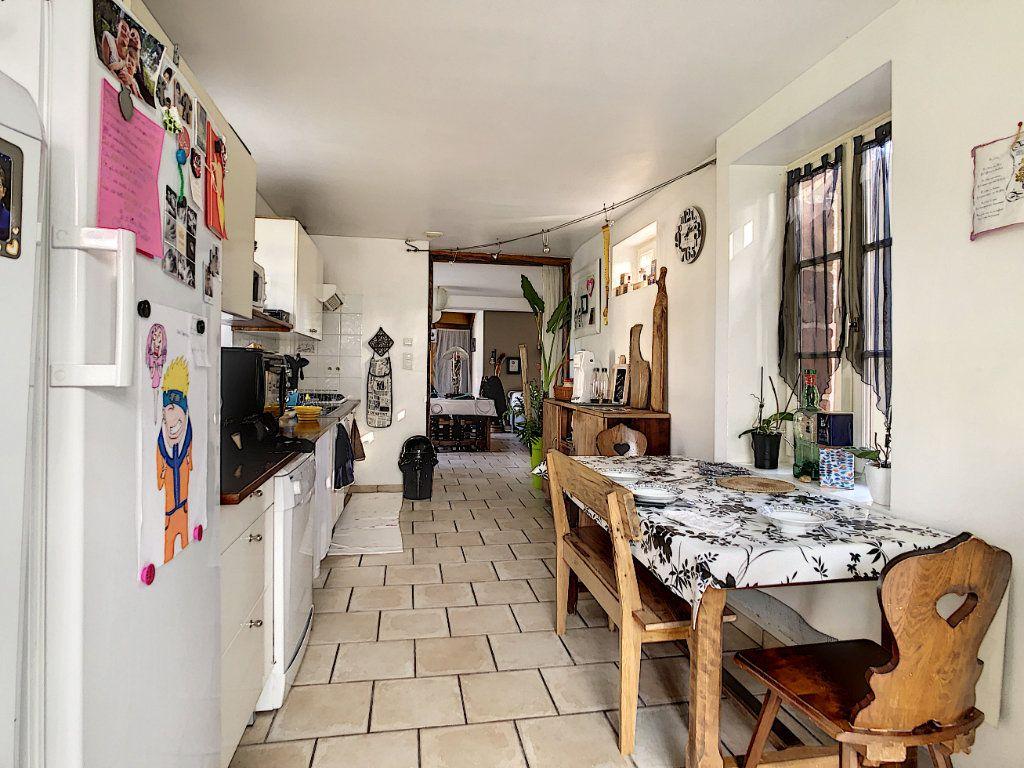 Maison à vendre 4 106m2 à Lanteuil vignette-4