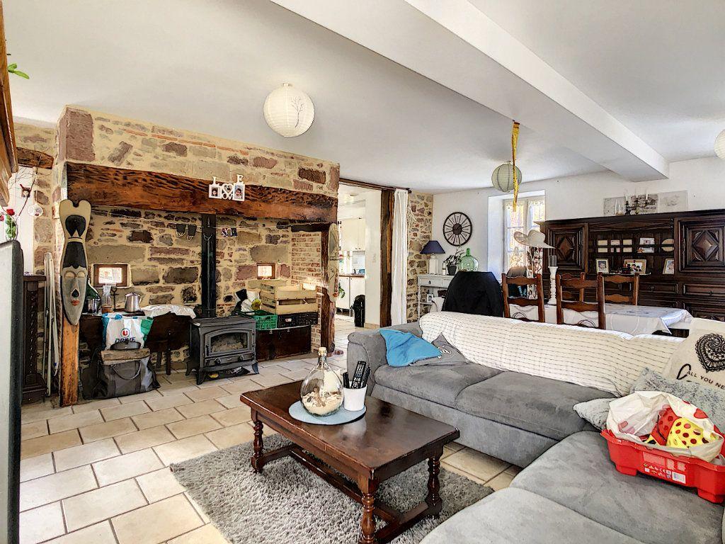 Maison à vendre 4 106m2 à Lanteuil vignette-6