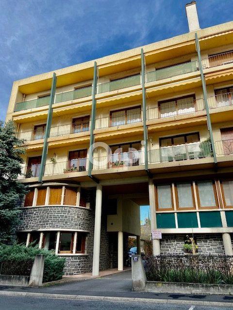 Appartement à louer 2 44m2 à Brive-la-Gaillarde vignette-1