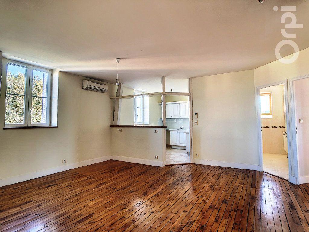 Appartement à vendre 3 66.81m2 à Brive-la-Gaillarde vignette-1