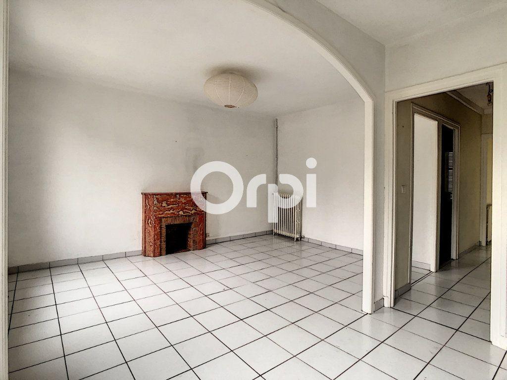 Appartement à vendre 4 80.64m2 à Tulle vignette-1
