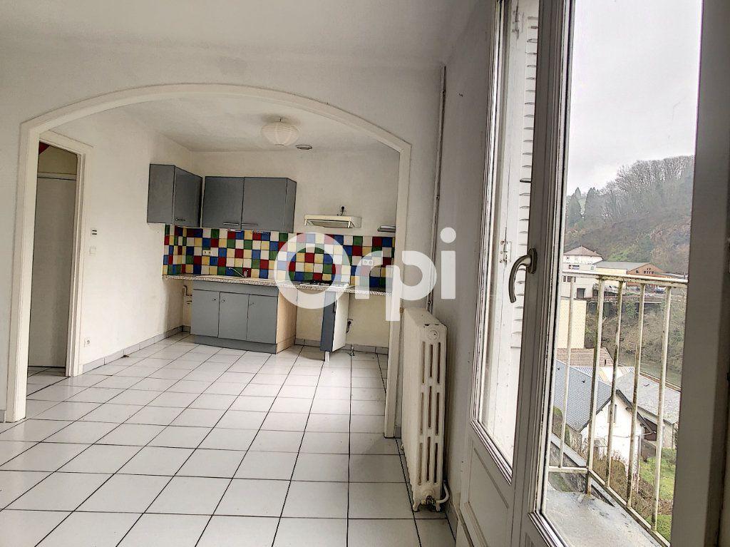 Appartement à vendre 4 80.64m2 à Tulle vignette-2