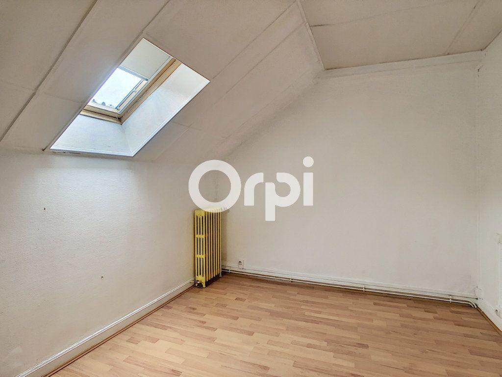 Appartement à vendre 4 80.64m2 à Tulle vignette-4