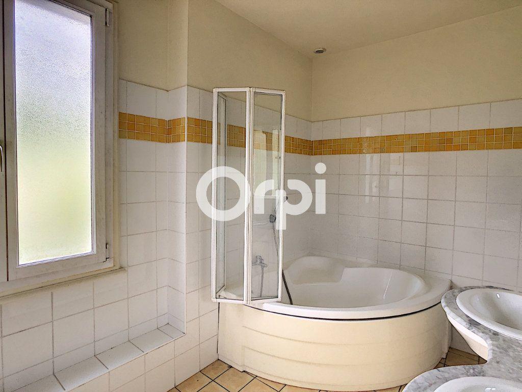 Appartement à vendre 4 80.64m2 à Tulle vignette-5