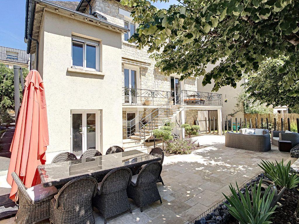 Maison à vendre 7 154m2 à Brive-la-Gaillarde vignette-2