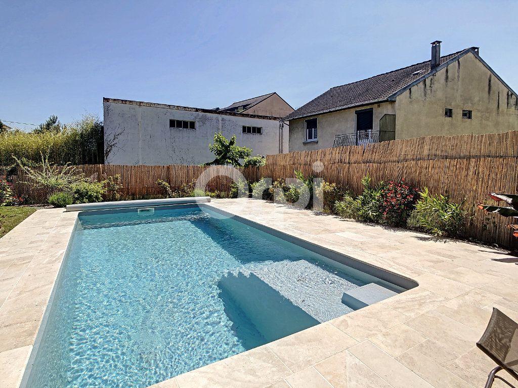 Maison à vendre 7 154m2 à Brive-la-Gaillarde vignette-3