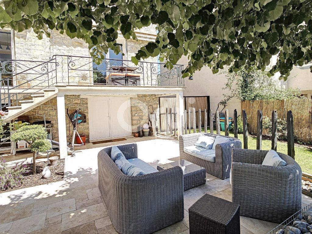 Maison à vendre 7 154m2 à Brive-la-Gaillarde vignette-5