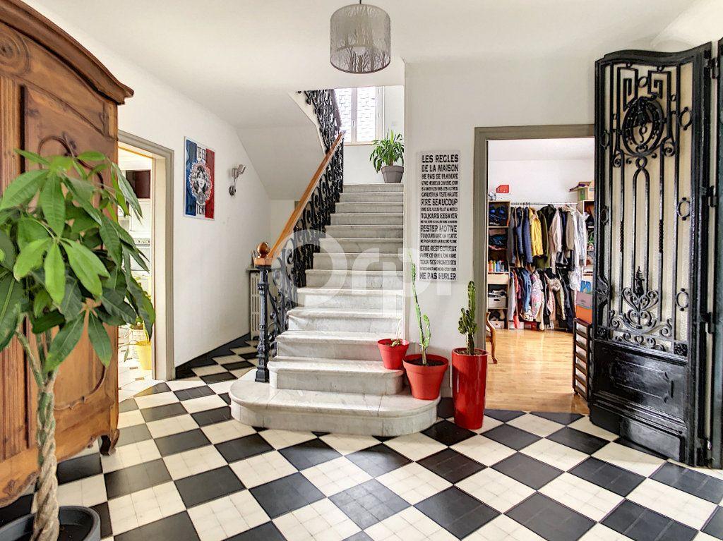 Maison à vendre 7 154m2 à Brive-la-Gaillarde vignette-6
