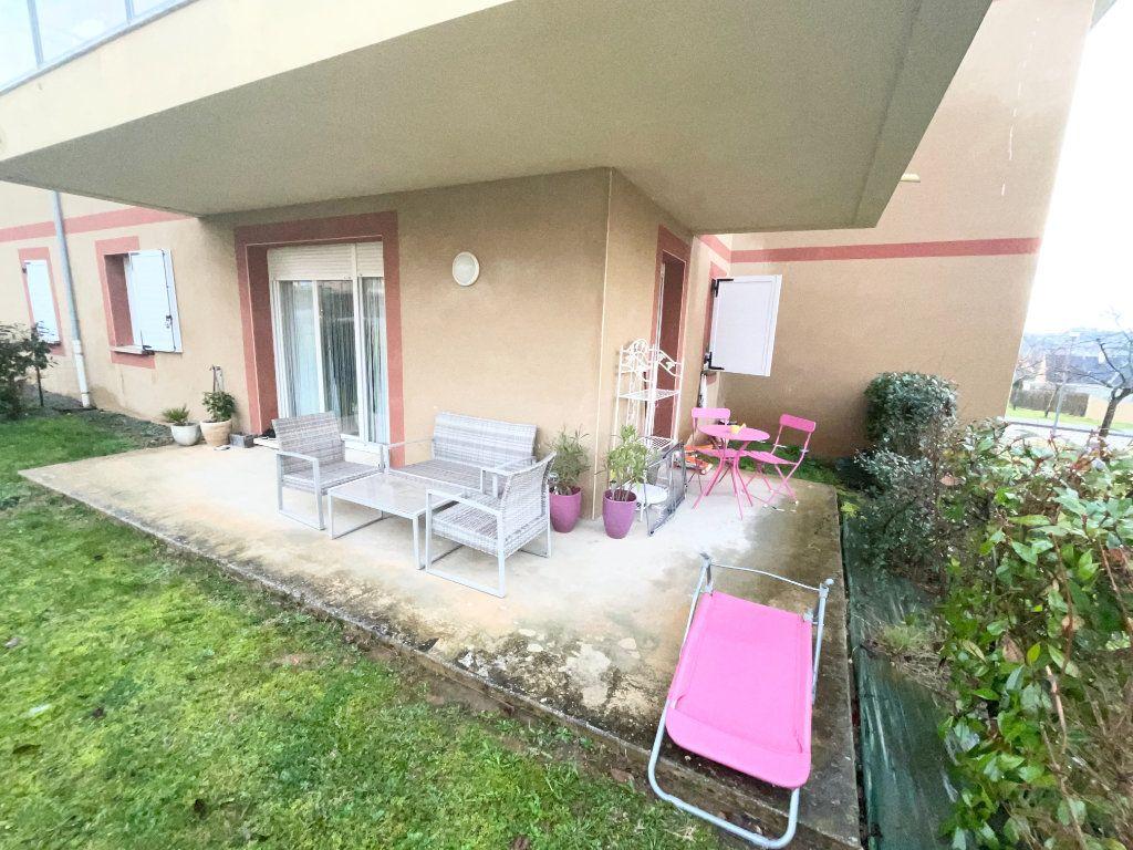 Appartement à vendre 2 52m2 à Malemort-sur-Corrèze vignette-1