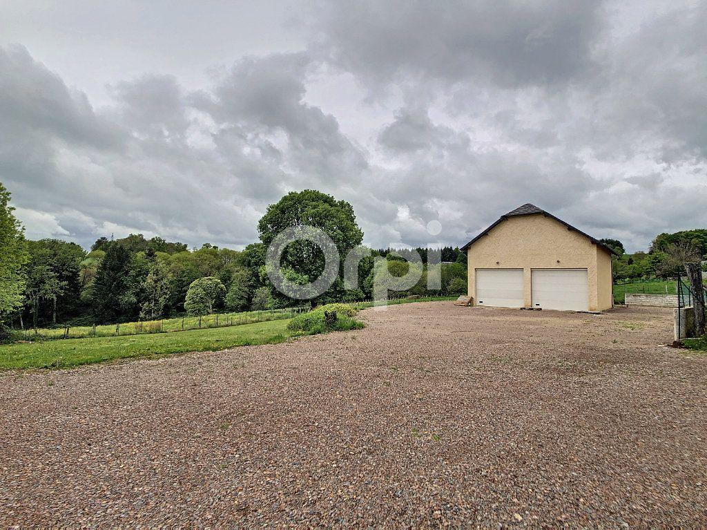 Maison à vendre 7 134m2 à Saint-Hilaire-Peyroux vignette-3