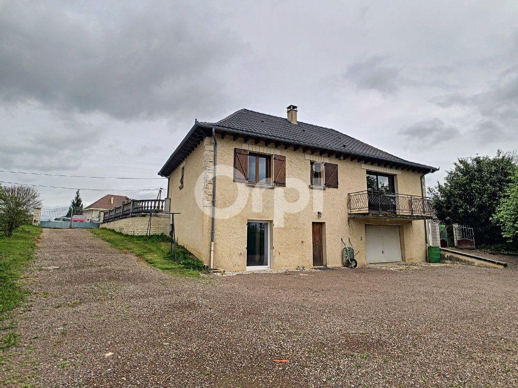 Maison à vendre 7 134m2 à Saint-Hilaire-Peyroux vignette-6