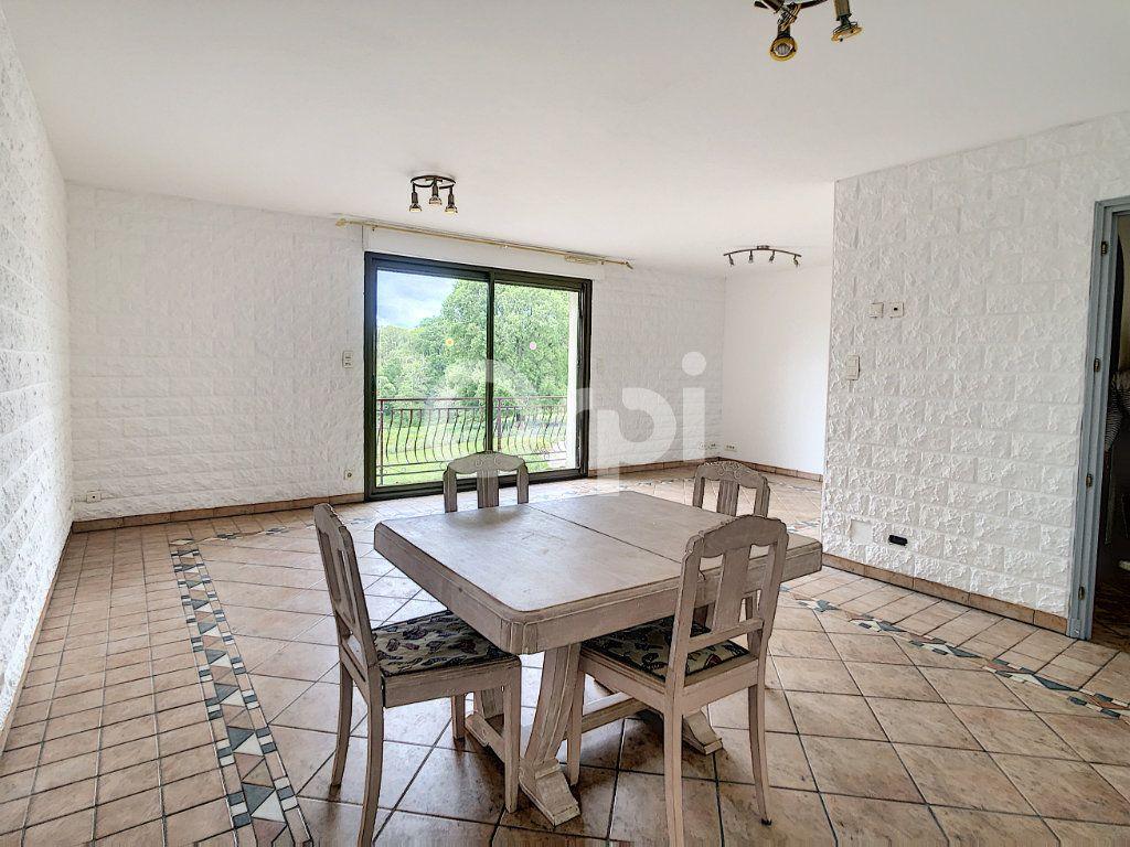 Maison à vendre 7 134m2 à Saint-Hilaire-Peyroux vignette-9