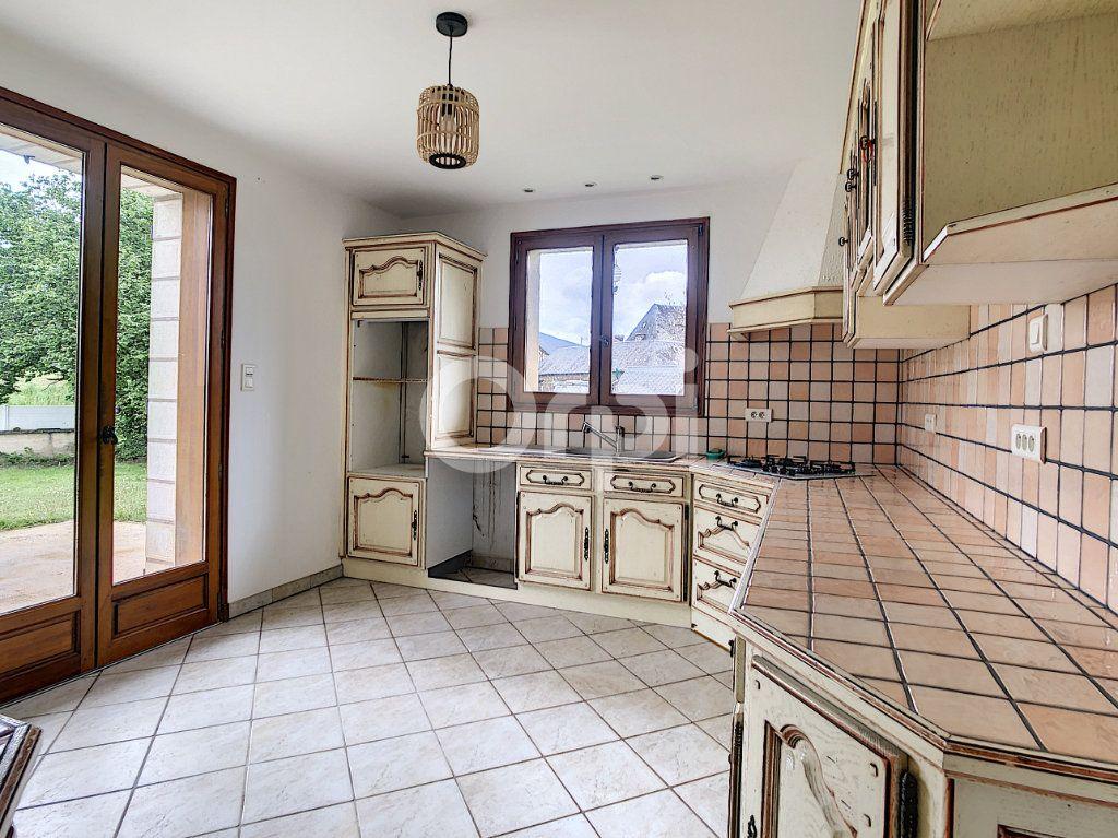 Maison à vendre 7 134m2 à Saint-Hilaire-Peyroux vignette-10