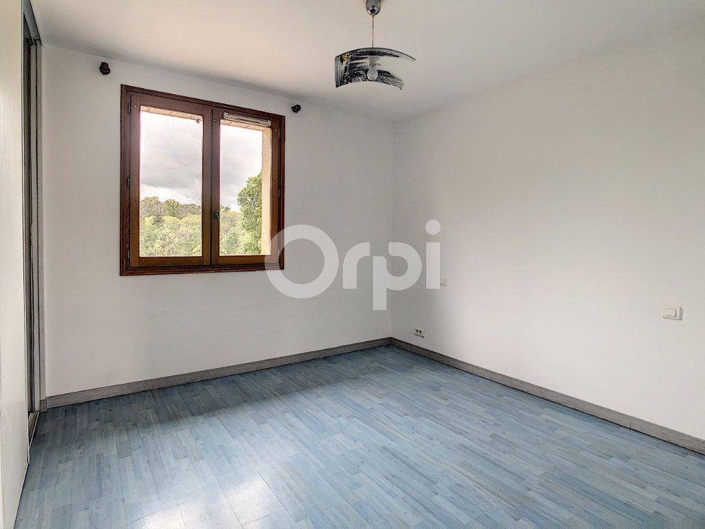 Maison à vendre 7 134m2 à Saint-Hilaire-Peyroux vignette-11