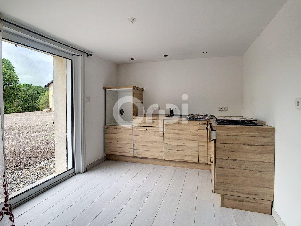 Maison à vendre 7 134m2 à Saint-Hilaire-Peyroux vignette-13