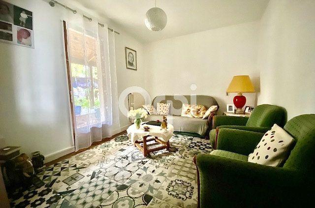 Maison à vendre 6 113m2 à Brive-la-Gaillarde vignette-3