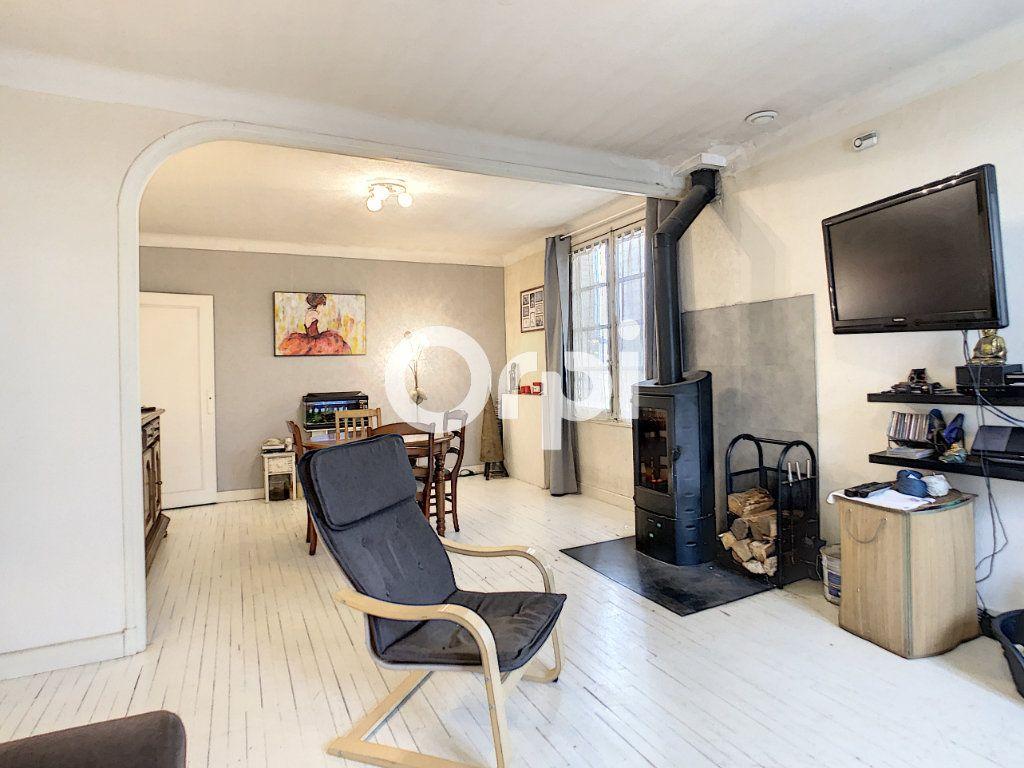Maison à vendre 6 146m2 à Brive-la-Gaillarde vignette-3