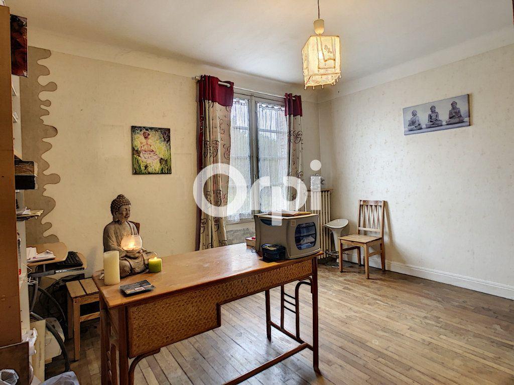 Maison à vendre 6 146m2 à Brive-la-Gaillarde vignette-6
