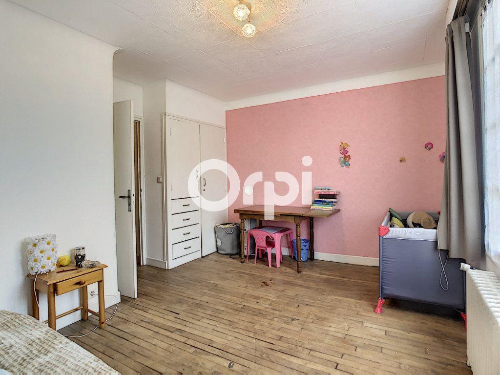 Maison à vendre 6 146m2 à Brive-la-Gaillarde vignette-7