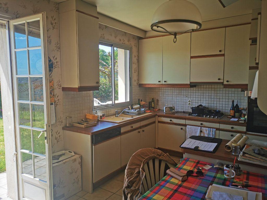 Maison à vendre 8 185m2 à Brive-la-Gaillarde vignette-7