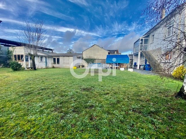 Maison à vendre 5 129m2 à Brive-la-Gaillarde vignette-1