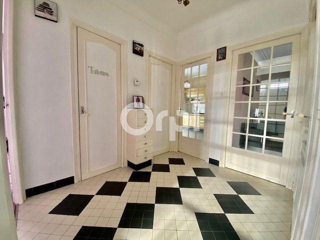 Maison à vendre 5 129m2 à Brive-la-Gaillarde vignette-3