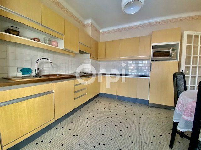 Maison à vendre 5 129m2 à Brive-la-Gaillarde vignette-4