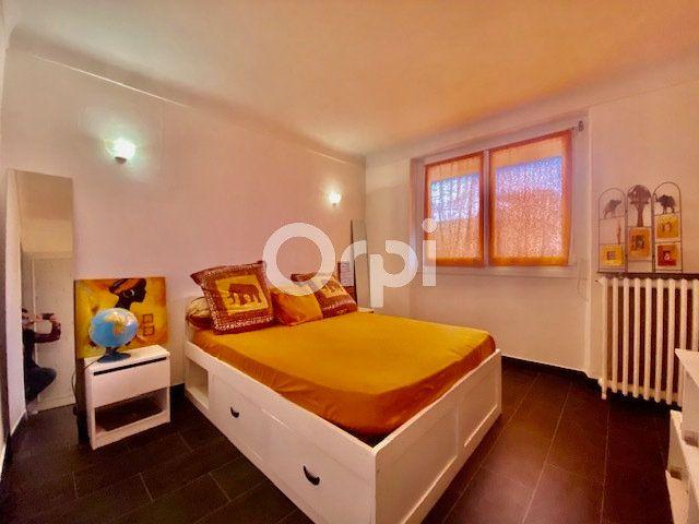 Maison à vendre 5 129m2 à Brive-la-Gaillarde vignette-5