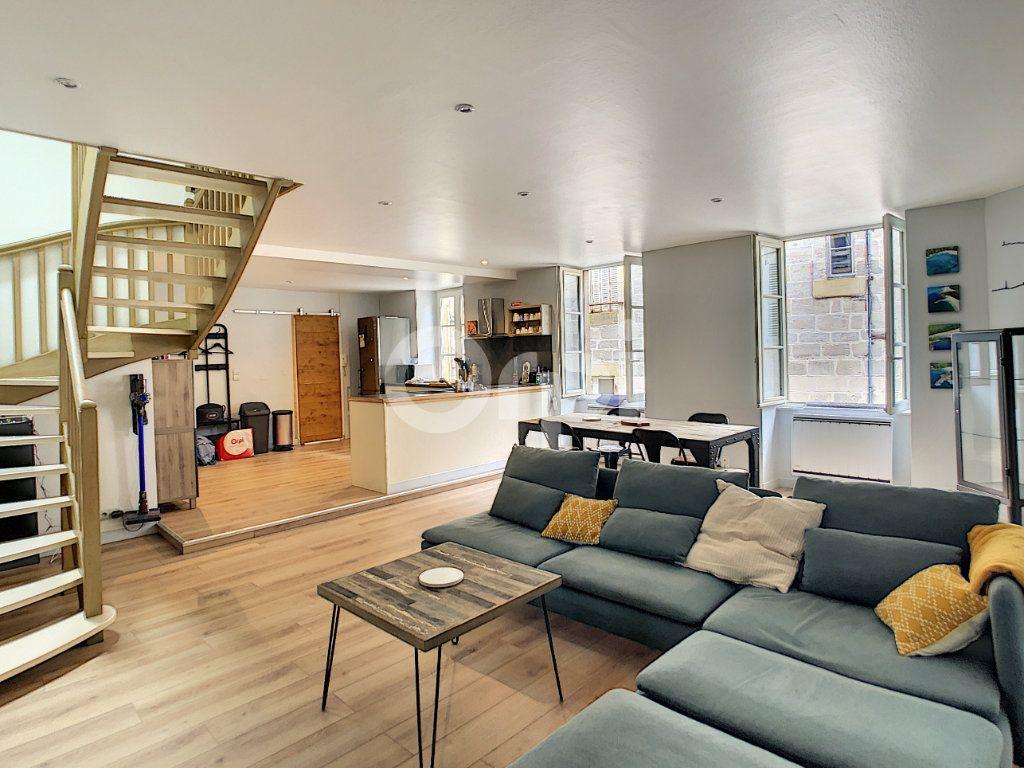 Appartement à vendre 3 81.81m2 à Brive-la-Gaillarde vignette-1