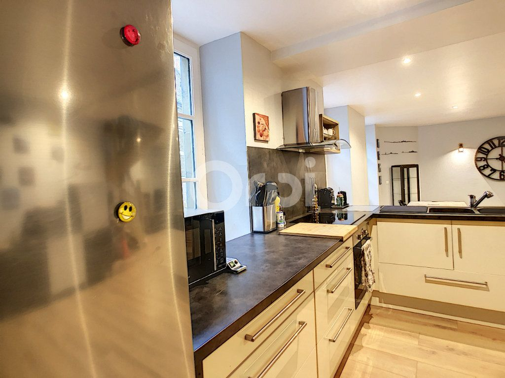 Appartement à vendre 3 81.81m2 à Brive-la-Gaillarde vignette-2