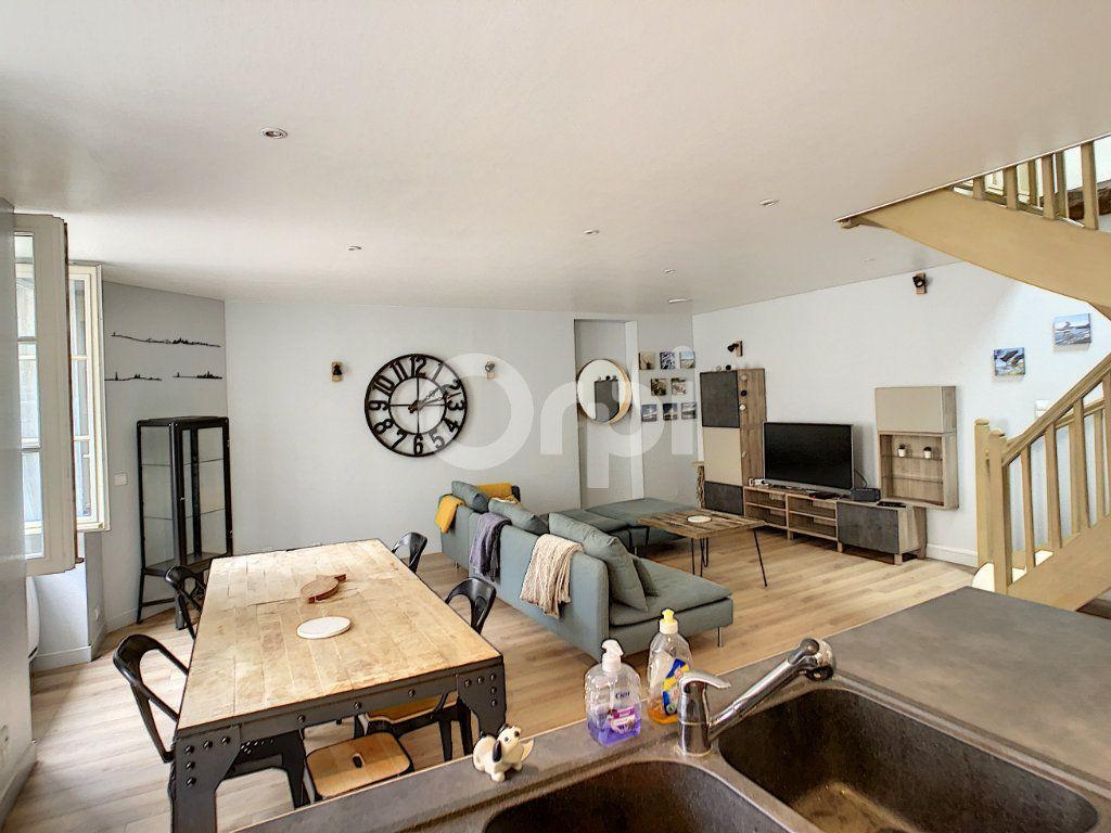 Appartement à vendre 3 81.81m2 à Brive-la-Gaillarde vignette-3