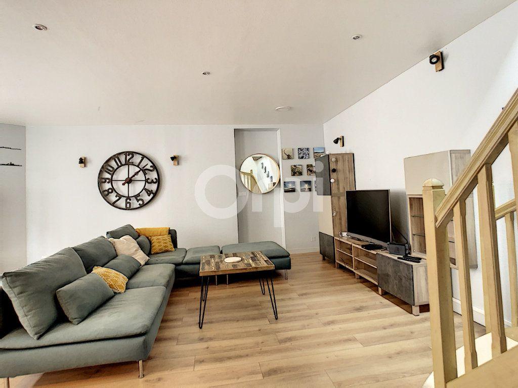 Appartement à vendre 3 81.81m2 à Brive-la-Gaillarde vignette-9