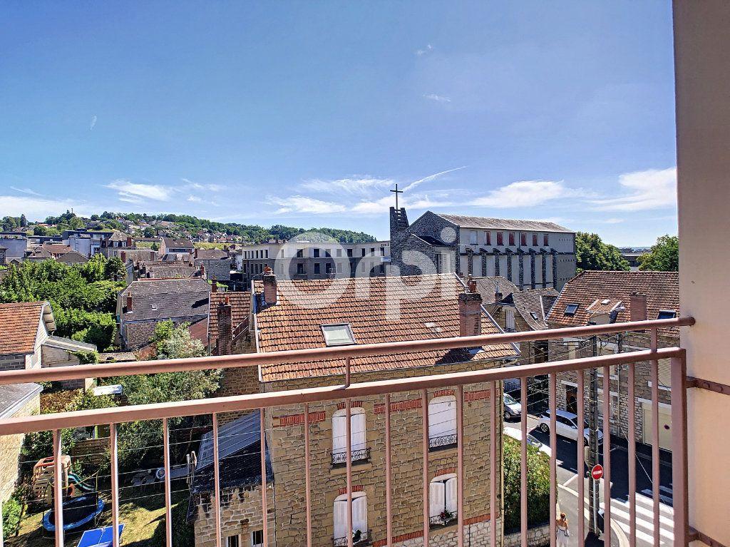 Appartement à louer 3 64m2 à Brive-la-Gaillarde vignette-2