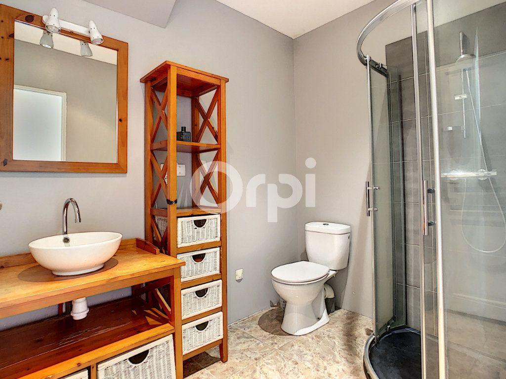 Maison à louer 5 140m2 à Saint-Mexant vignette-4