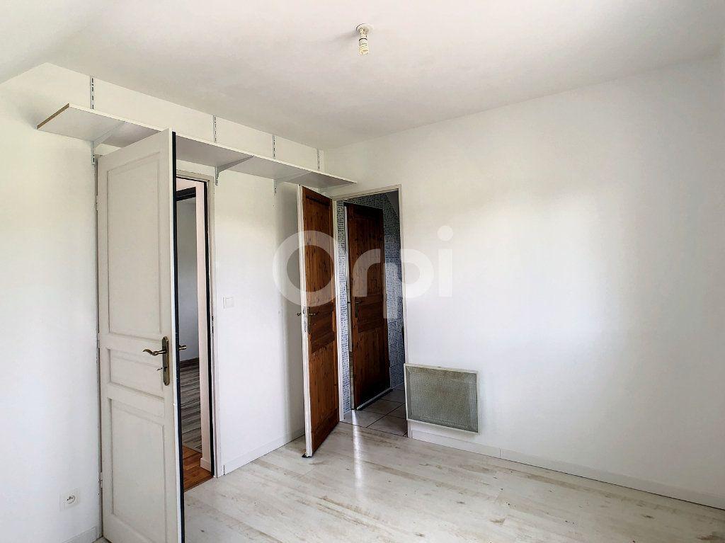 Maison à louer 5 140m2 à Saint-Mexant vignette-6