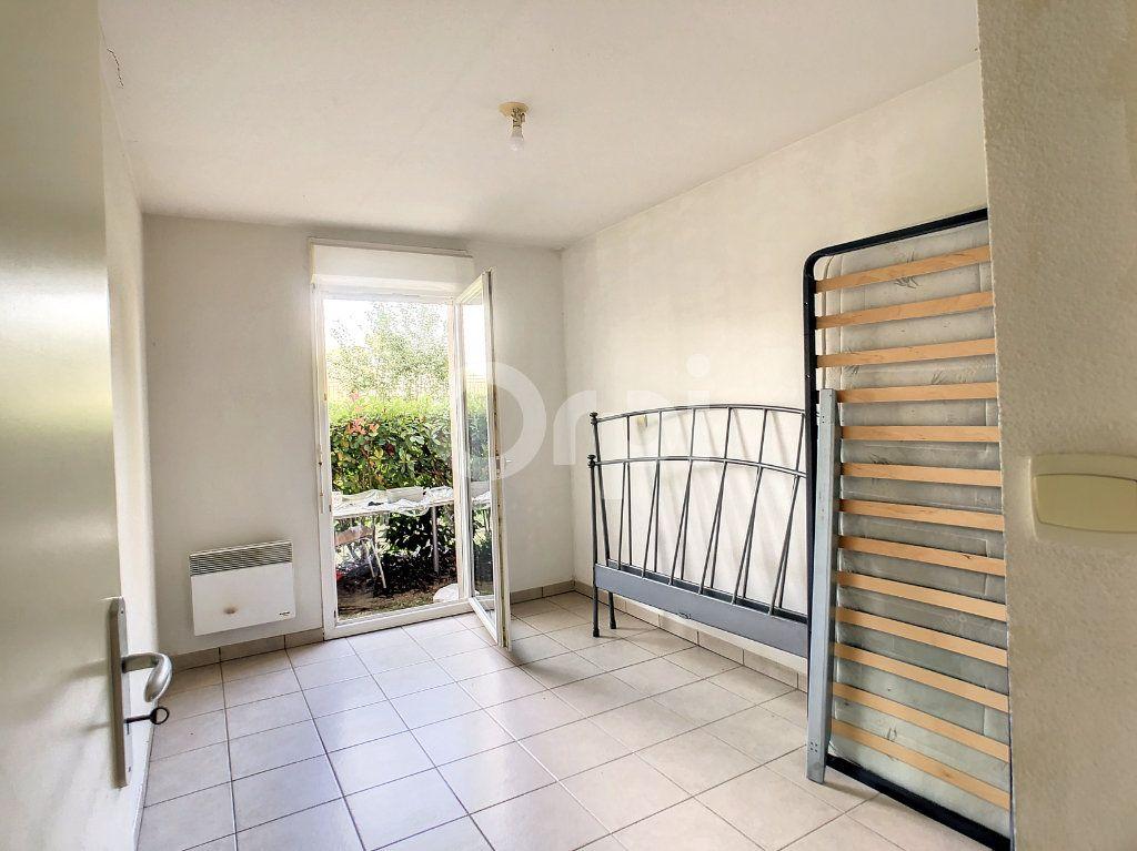Appartement à louer 2 38m2 à Malemort-sur-Corrèze vignette-4