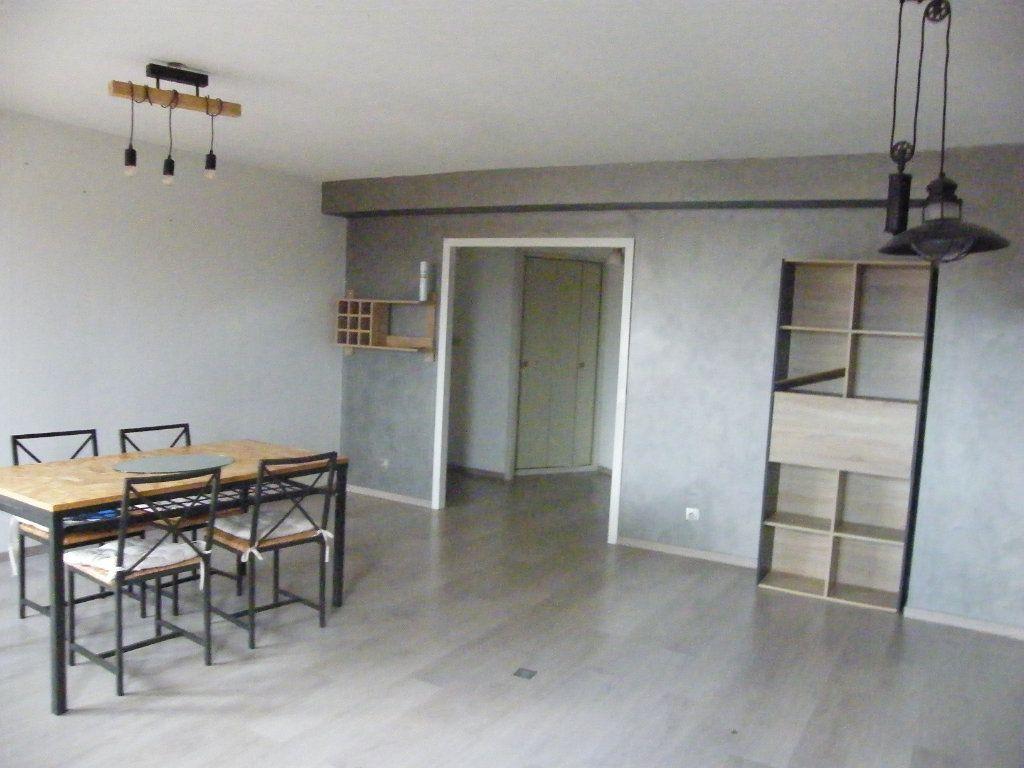 Appartement à vendre 3 90m2 à Montauban vignette-2