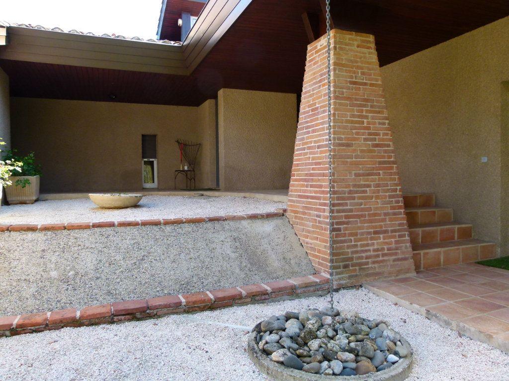 Maison à vendre 8 265m2 à Aucamville vignette-10