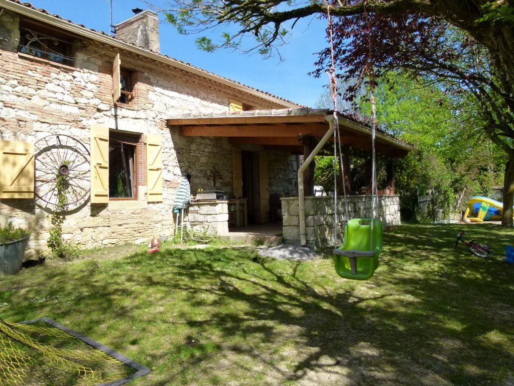 Maison à vendre 5 185m2 à Beaumont-de-Lomagne vignette-1