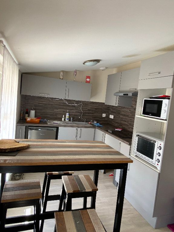 Appartement à louer 3 67.41m2 à Montauban vignette-2