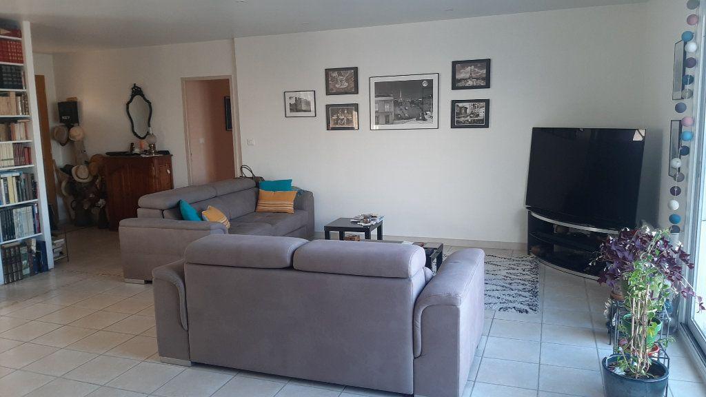 Maison à vendre 4 118m2 à Monclar-de-Quercy vignette-4
