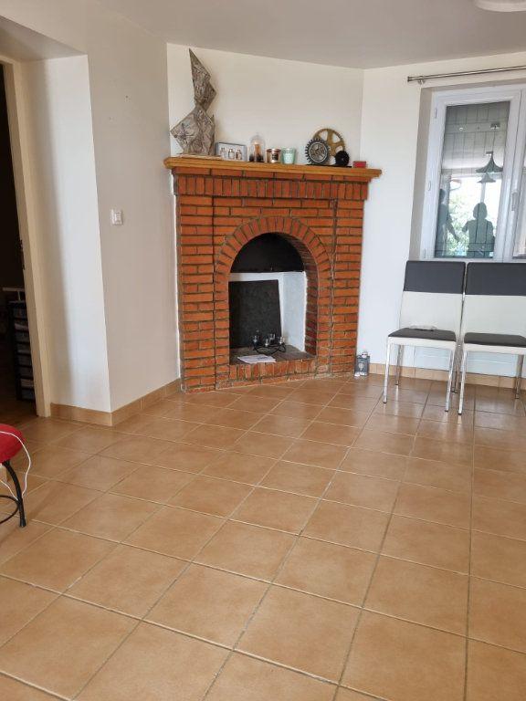 Maison à louer 5 111m2 à Saint-Nauphary vignette-5