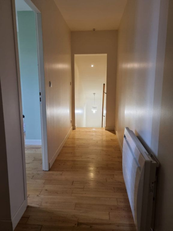 Maison à louer 5 111m2 à Saint-Nauphary vignette-6