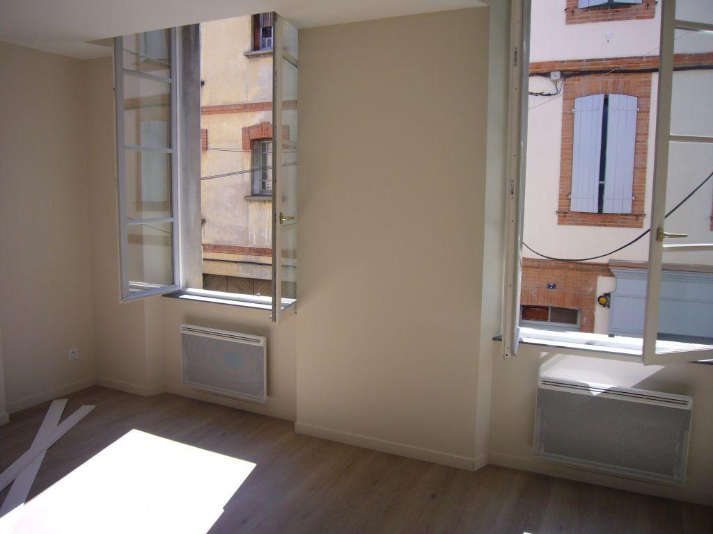 Appartement à louer 2 47.4m2 à Montauban vignette-2
