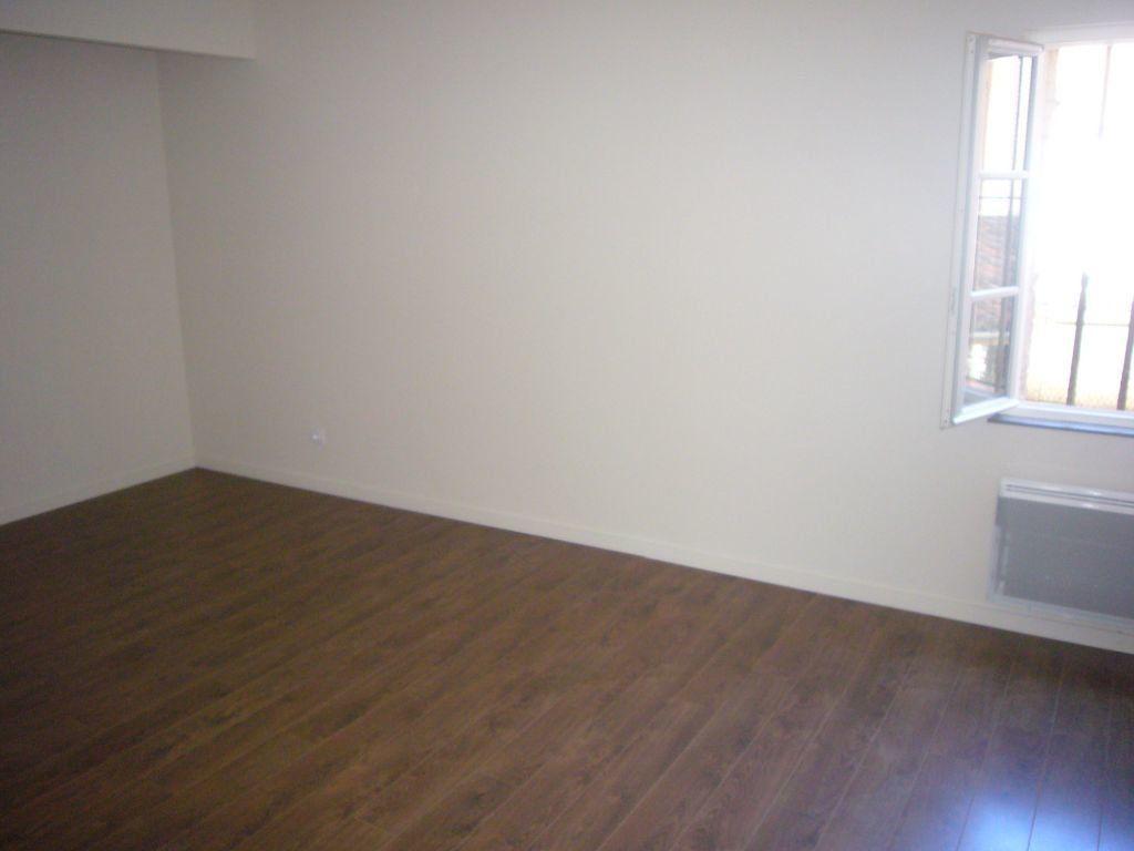 Appartement à louer 2 47.4m2 à Montauban vignette-4